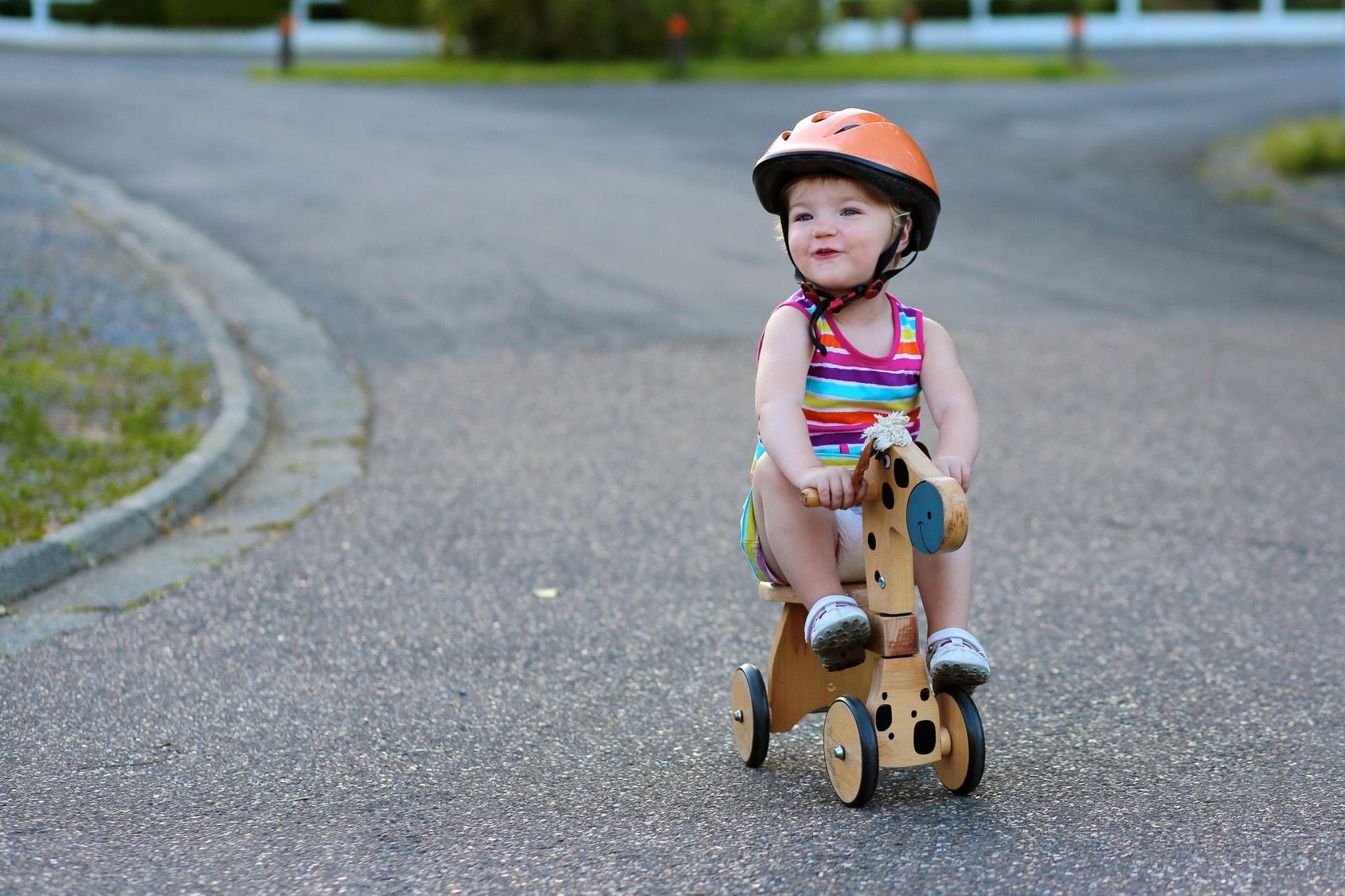 Quand apprendre à son enfant à faire du vélo ?