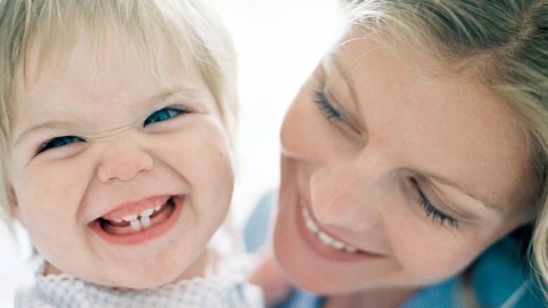 brossage de dents aprendre son enfant se brosser les. Black Bedroom Furniture Sets. Home Design Ideas