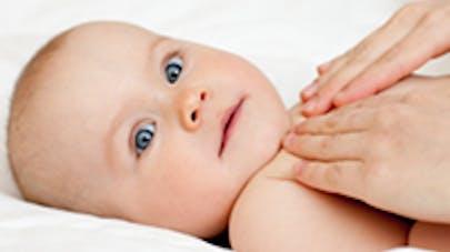 Stop aux antitussifs pour Bébé