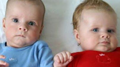 Jumeaux coincés en Inde