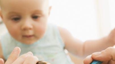 Bébé tousse : stop au sirop