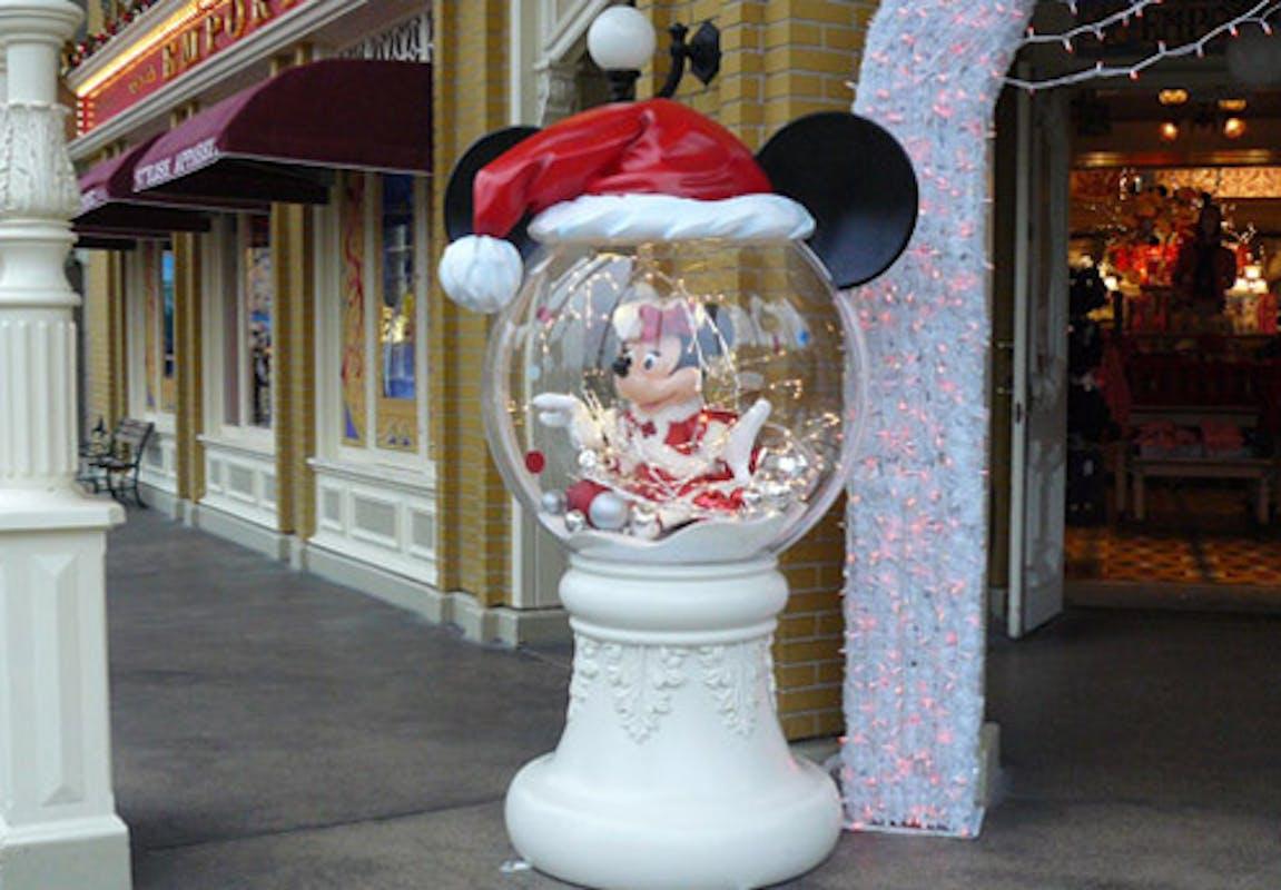 #713827 Noël à Disney PARENTS.fr 5409 decorations de noel en gros 1151x800 px @ aertt.com