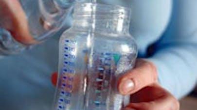 Tokyo : les bébés privés d'eau