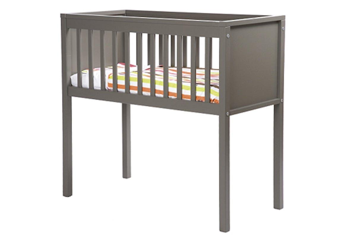 Mobilier b b sp cial petits espaces - Lit bebe pour petit espace ...
