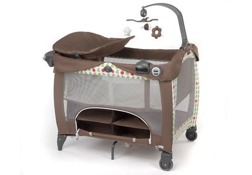 cheap meuble malin pour petit espace mobilier bb spcial petits espaces parentsfr with lit bb. Black Bedroom Furniture Sets. Home Design Ideas