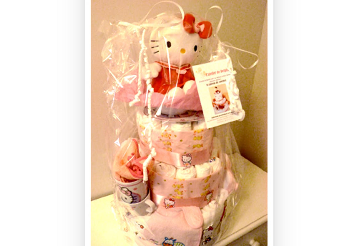 Gâteau de couches Hello Kitty