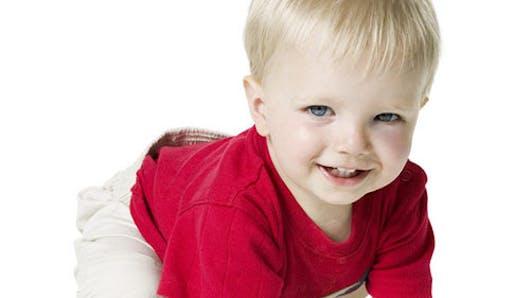 Bébé a une ampoule : les bons gestes