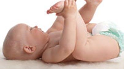 Bébés : gare aux suppositoires