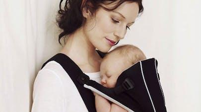 Banc d'essai 2012 des porte-bébés ventraux