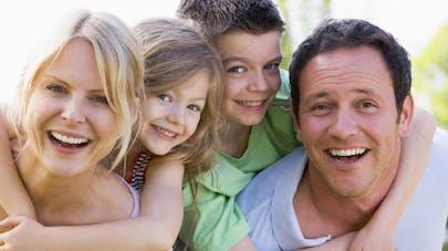 Les familles Françaises sont de plus en plus   pauvres…