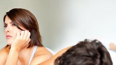 Le partage des tâches ménagères pousse-t-il au divorce   ?