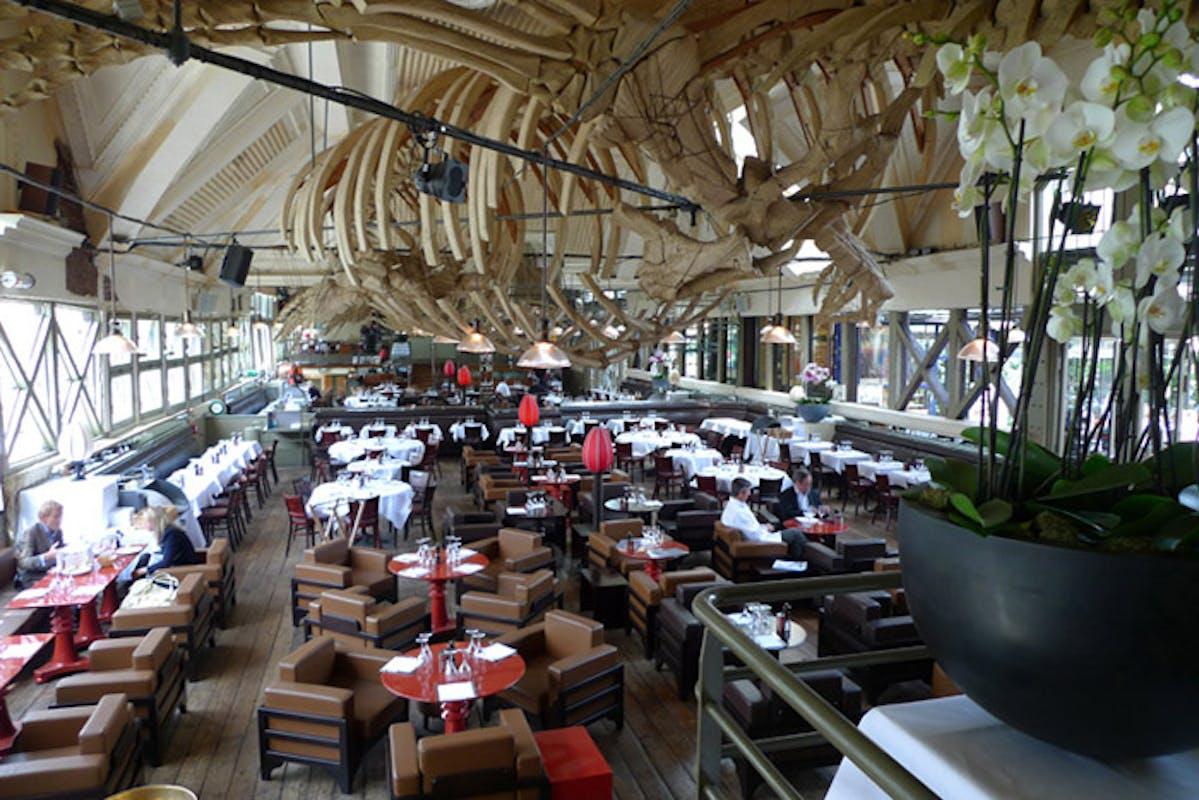 Cafe La Jatte Paris
