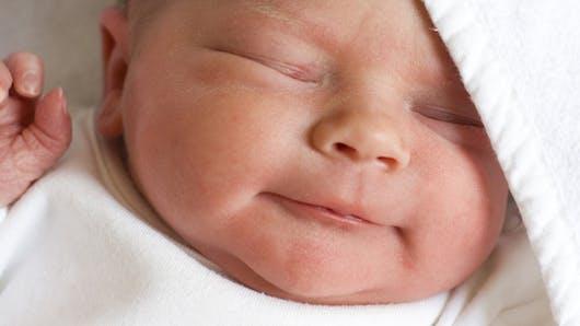 Les premiers soins après la naissance