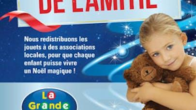 Hotte de l'Amitié : dons de jouets à La Grande   Récré