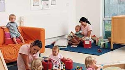 93 % des familles satisfaites du mode d'accueil de leur   bébé