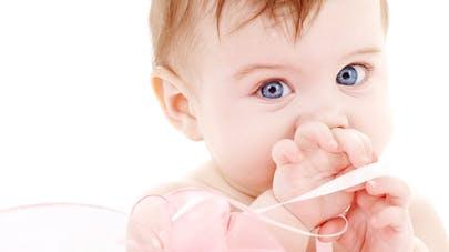 Noël : quels cadeaux choisir pour Bébé ?