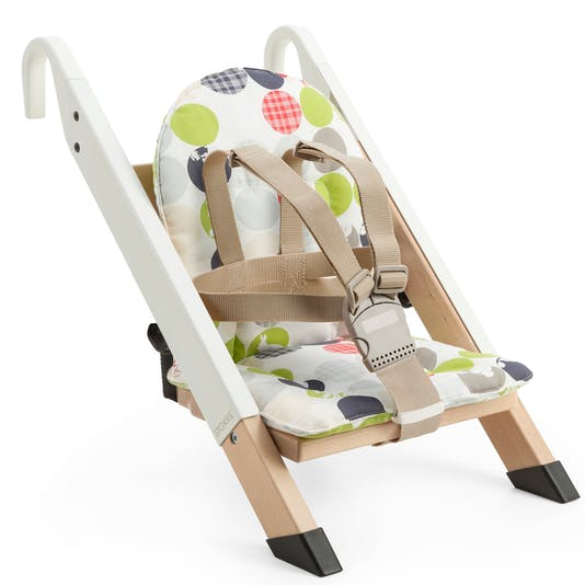 rehausseur de chaise handysitt de stokke. Black Bedroom Furniture Sets. Home Design Ideas