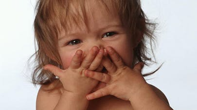 Les bêtises répétées des enfants dues à leur manque de   mémoire