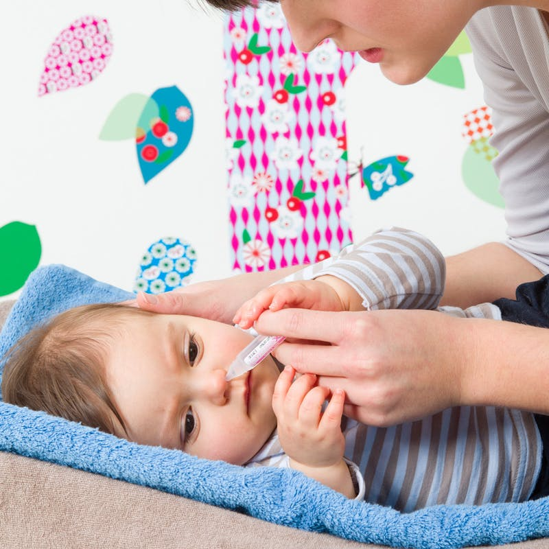 Moucher bébé : d'une narine à l'autre