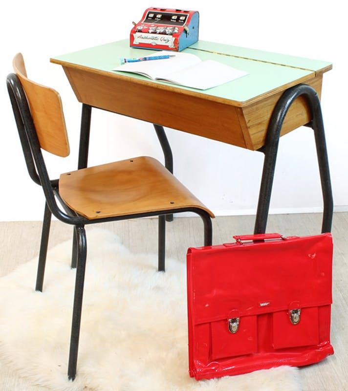 Rentr e les bureaux pour chambre d 39 enfant for Bureau retro