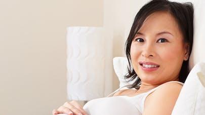 Grossesse : gare aux traitements homéopathiques et à base   de plantes
