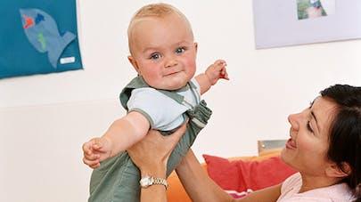 Angleterre : les bébés des crèches privés de   câlins