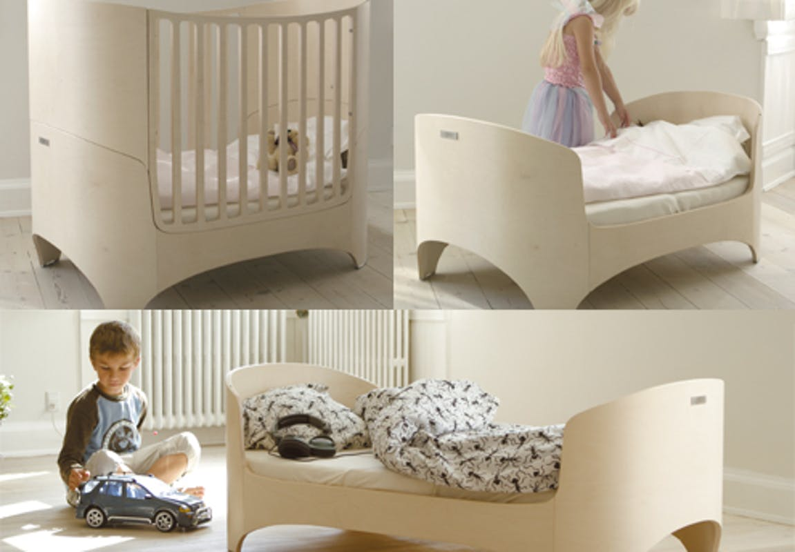 mobilier volutif pour la chambre de b b. Black Bedroom Furniture Sets. Home Design Ideas