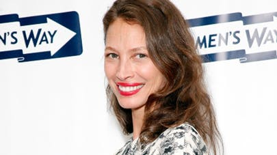 Christy Turlington : une campagne contre la mortalité   post-natale