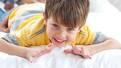 Ecoles maternelles : apprendre aux enfants à se laver les   mains pour contrer les virus
