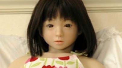 Chine : une poupée gonflable à l'effigie d'une enfant fait   scandale