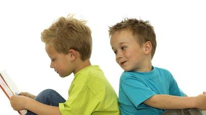 Les parents moins enclins à lire des livres numériques à   leurs enfants