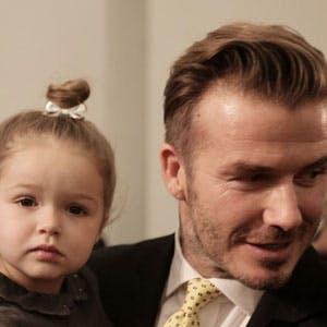 David Beckham : sa fille Harper lui choisit ses   vêtements