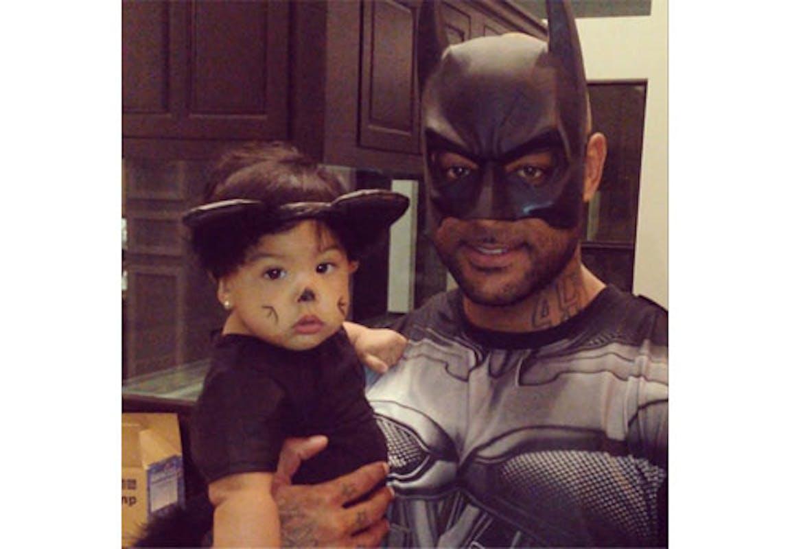 Booba en Batman et sa fille en sweet cat