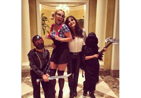 """Britney Spears et sa famille """"célèbrent"""" la mort"""