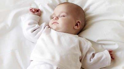 Mort subite du nourrisson : une anomalie cérébrale en   cause dans 40 % des cas