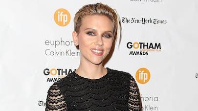 Scarlett Johansson complètement gaga de sa petite Rose   !