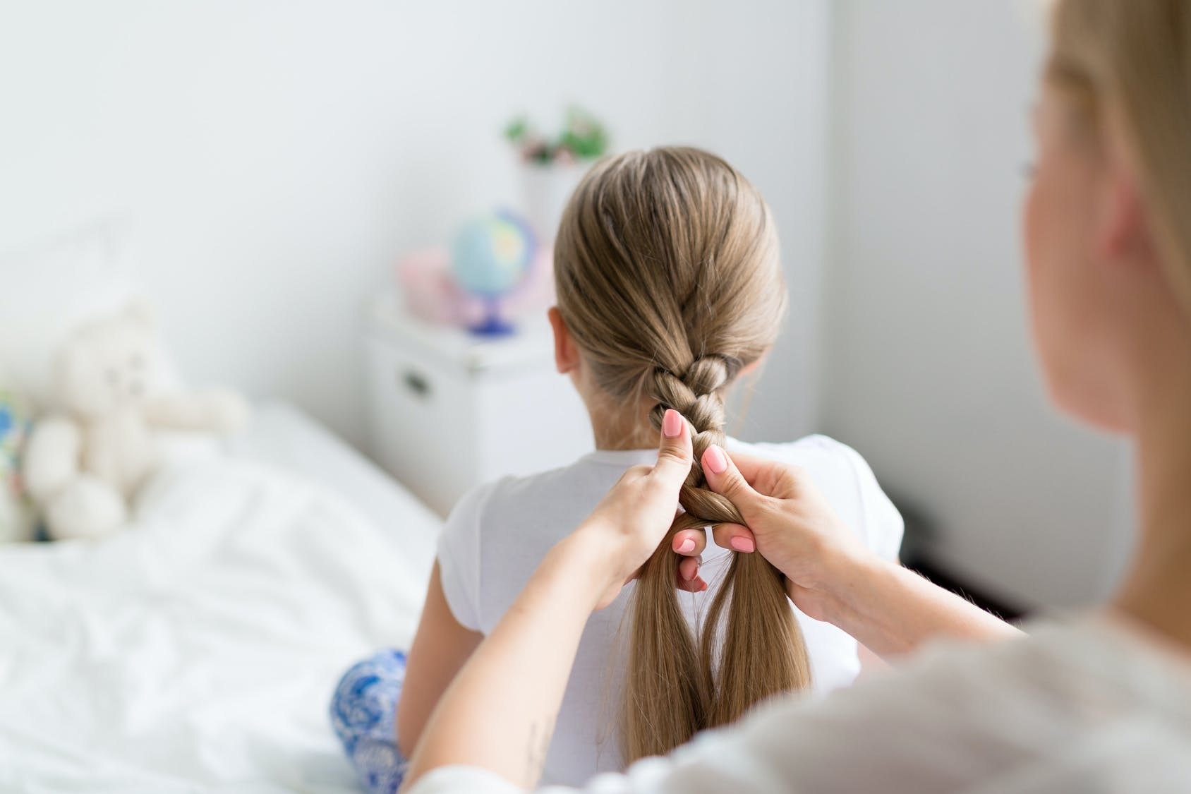 10 coiffures express pour petites filles