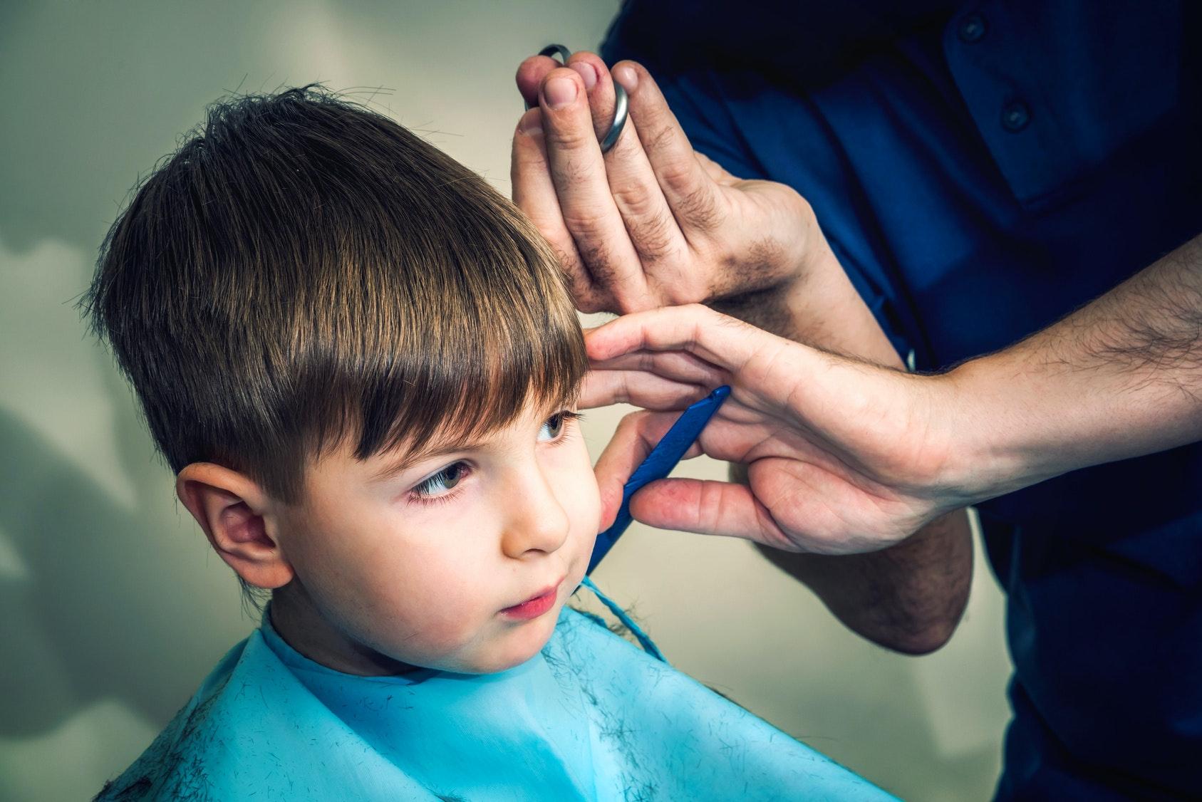 30 coiffures tendance pour petit garçon