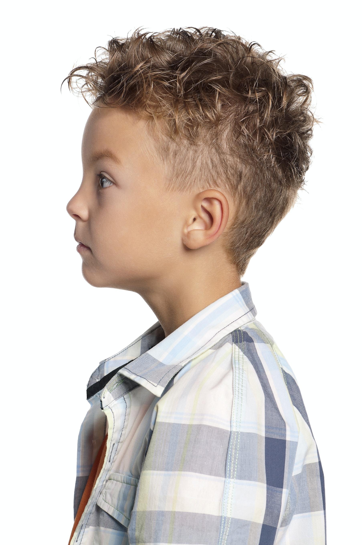 Dégradé sur cheveux ondulés