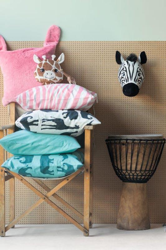 Chambre enfants 40 id es d co petit prix for Deco murale zebre
