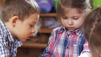 Créteil : un enfant de 4 ans rentre de l'école avec un A   tatoué sous l'œil