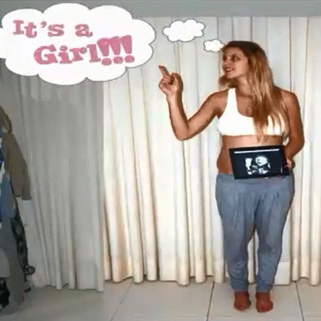 Vidéo : il photographie sa femme tout au long de sa   grossesse