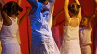 Etude : les enfants ne bougent pas assez pendant les cours   de danse