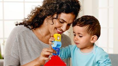 LEGO et Unicef : les enfants doivent créer la tour de   l'imagination !