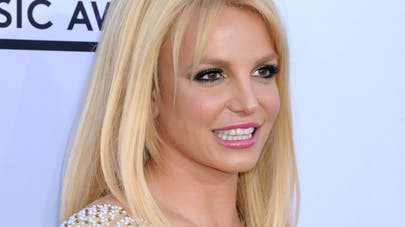 Brad Pitt et Angelina Jolie : Britney Spears, bientôt leur   nounou ?