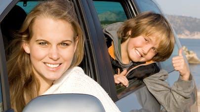 Siège auto : bien attacher ses enfants est primordial   !