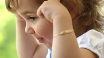 Surdité chez l'enfant : le dépistage intervient trop   tard