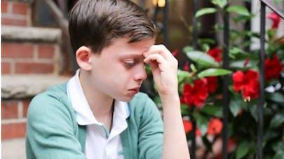 États-Unis : la photo d'un petit garçon homosexuel émeut   le web