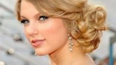 États-Unis : Taylor Swift donne 50 000 dollars à une   fillette atteinte d'un cancer