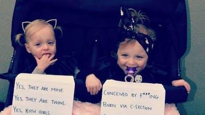 Australie : une maman de jumelles répond aux questions des  curieux d'une manière surprenante !